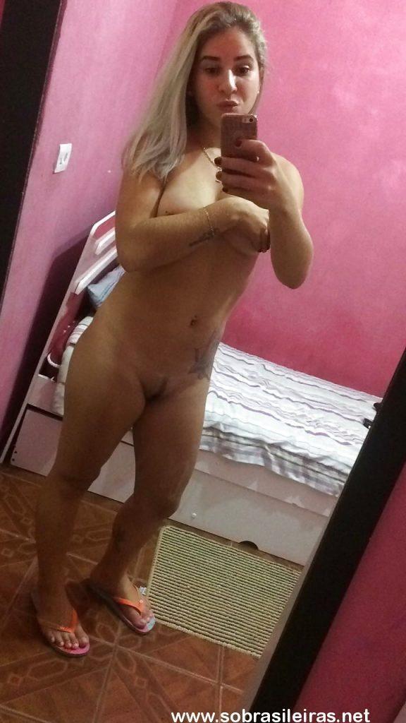 Daiane Almeida caiu na net
