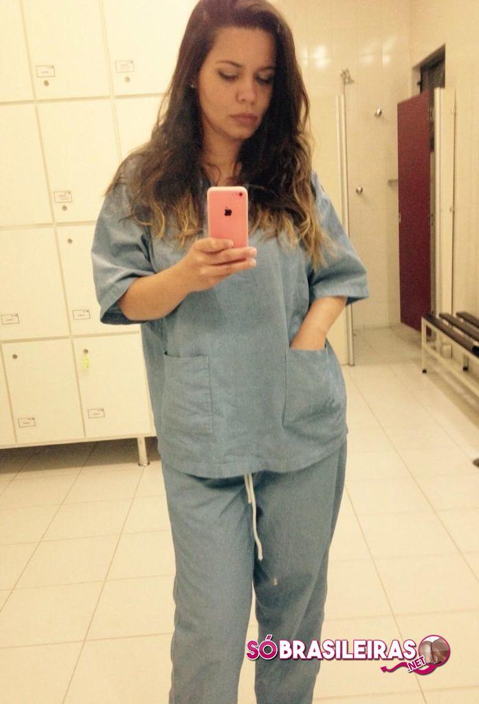 Médica gostosa em fotos amadoras