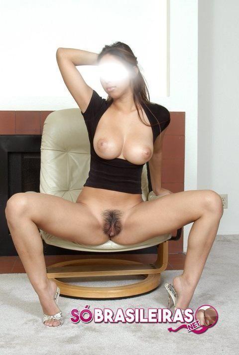 Dona de casa gostosa em fotos amadoras
